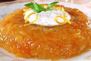 Желе из манго с маковым соусом
