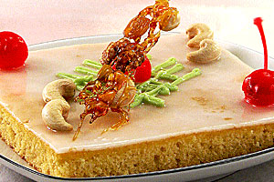 Ореховый торт с вишней