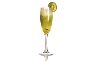 Коктейль «Шампанское с киви»
