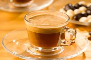 Бодрящий утренний кофе