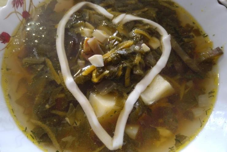 Суп говяжий со щавелем