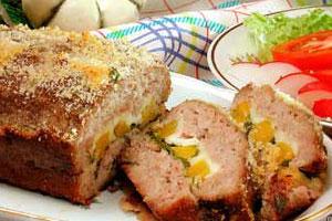 Мясной рулет с тыквой и сыром