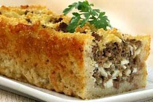 Пирог из хлеба с мясом