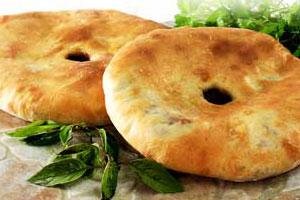 Хачапури с фасолью (лобиани)