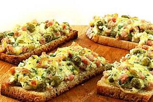 Горячий бутерброд «Ассорти»