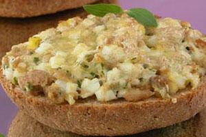 Горячие рыбные бутерброды (3)