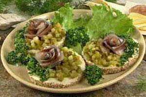 Бутерброды с сельдью (2)