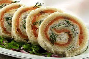 Бутерброд-рулет с семгой