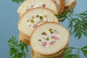 Бутерброд-рулет с мясом