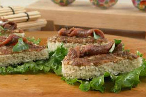 Бутерброды с анчоусами