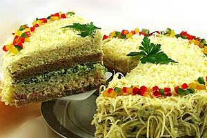 Бутербродный торт с окороком и сыром