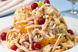 Салат из курицы с миндалем