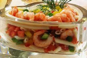 Салат из макаронных изделий с креветками