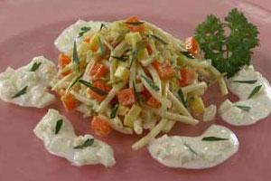 Салат с макаронами и сыром (2)