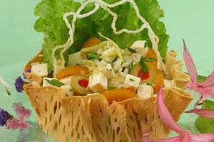 Салат с кус-кусом и брынзой