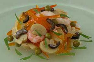 Салат картофельный с креветками (3)