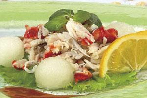 Салат с крабами и дыней