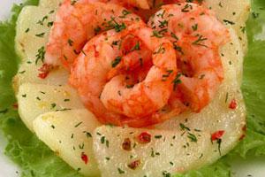 Салат картофельный с креветками (4)