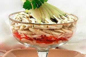 Салат-коктейль с шампиньонами