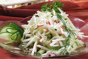 Салат с крабами и яблоками