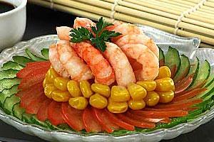 Салат овощной с креветками (2)