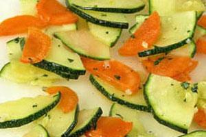 Салат из моркови с цуккини