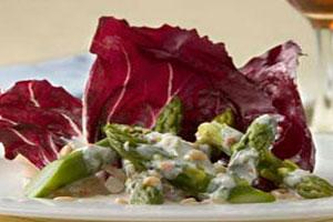 Салат из спаржи с йогуртом