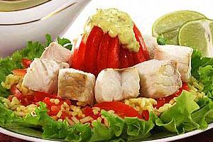Рыбный салат с рисом и шафраном