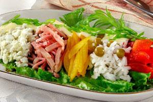 Салат из ветчины и риса