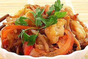 Салат из жареной свинины