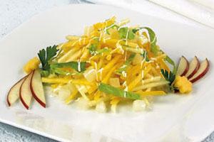 Салат с тыквой и фруктами