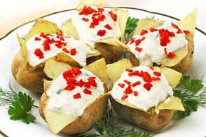 Печеный молодой картофель