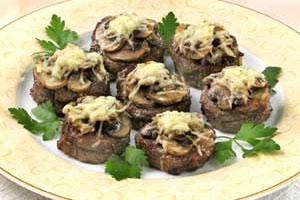 Медальоны из телятины с грибами (2)