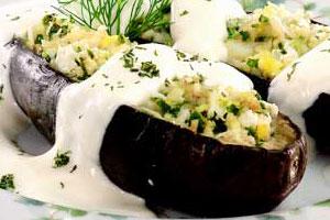 Баклажаны с сыром и сметаной