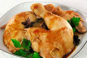 Отварная курица в соевом соусе