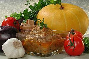 Икра из тыквы и баклажанов с помидорами